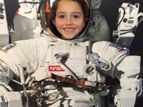 astronaut cutout photo